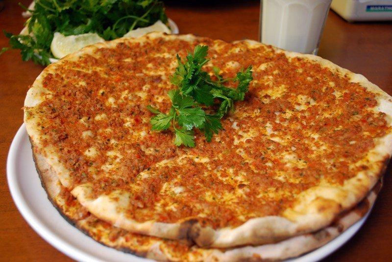 Turkish Kebap Discovery - TUrkish Pizza - Lahmacun